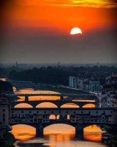 Veduta-dallalto-ponte-vecchio-Firenze
